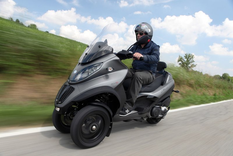 long awaited piaggio mp3 500 lt arrives to bikeworld bikeworld. Black Bedroom Furniture Sets. Home Design Ideas