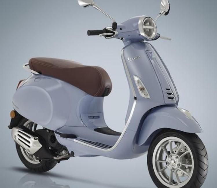 Vespa Primavera 50 - Motorcycles, Scooters, Helmets